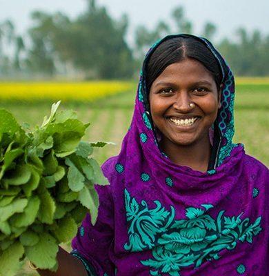 village women in Bangladesh 04